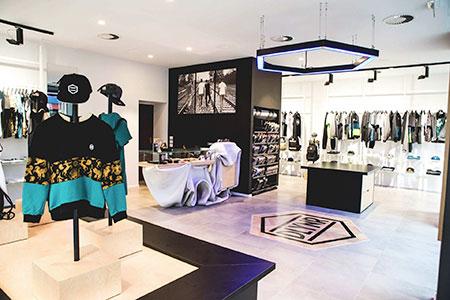 Dolly Noire flagship store, architecture, interior design, indoor